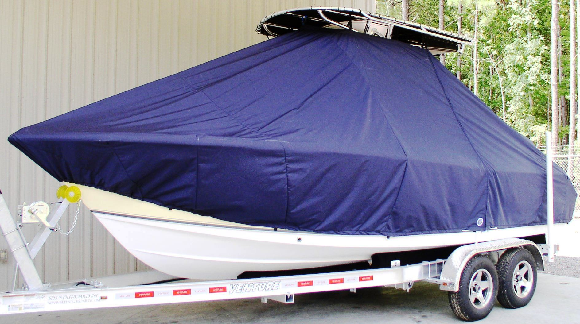 Sea Hunt Ultra 210, 20xx, TTopCovers™ T-Top boat cover, port front