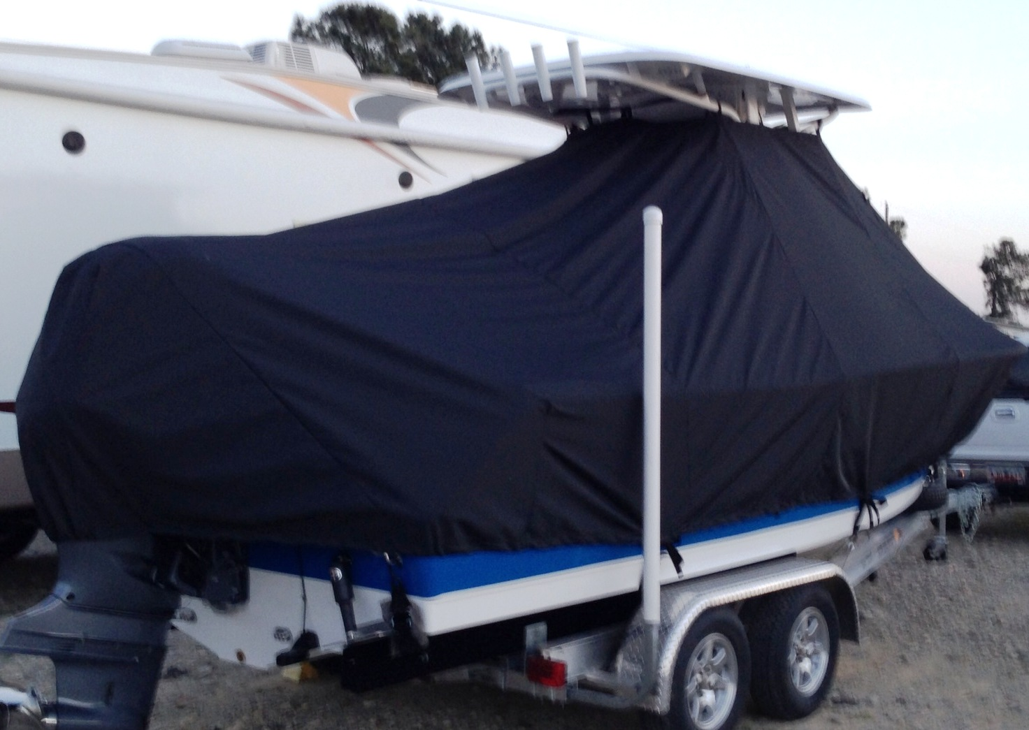 Sea Hunt Ultra 225, 2013, TTopCovers™ T-Top boat cover, starboard rear