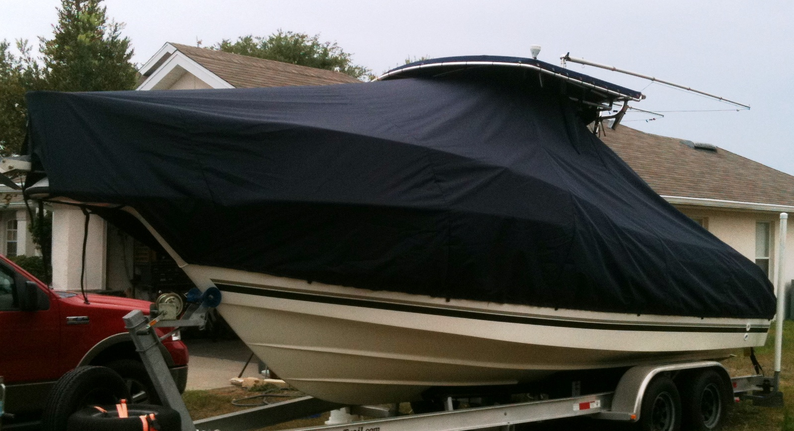 SeaSwirl Striper 2301CC, 20xx, TTopCovers™ T-Top boat cover, port front