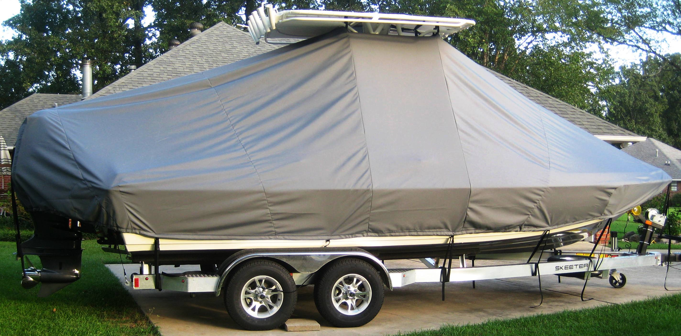 Skeeter SX 2250, 20xx, TTopCovers™ T-Top boat cover, starboard side