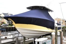 Southport 28CC, 20xx, TTopCovers™ T-Top boat cover on Lift, port front