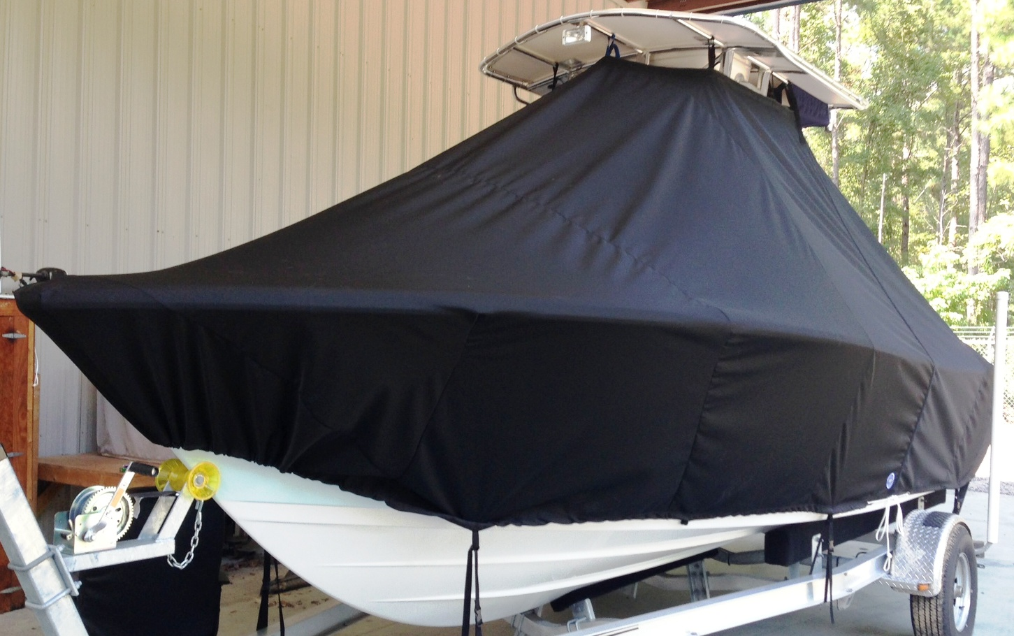 Sportsman Heritage 211, 20xx, TTopCovers™ T-Top boat cover, port front