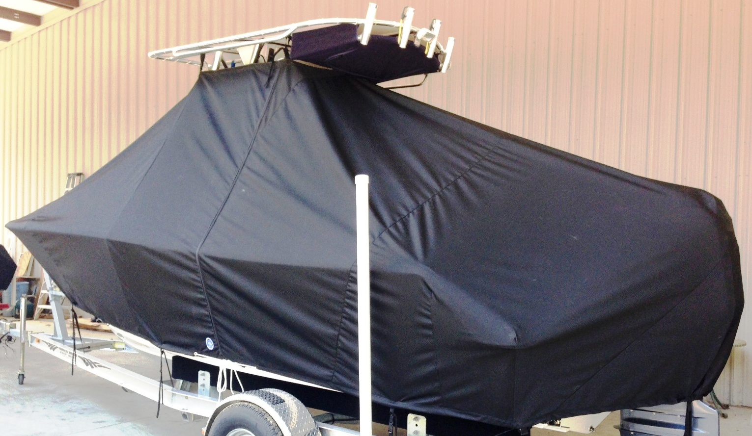 Sportsman Heritage 211, 20xx, TTopCovers™ T-Top boat cover, port rear