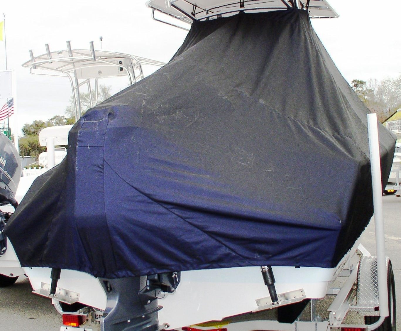 Sportsman Heritage Platinum 211, 20xx, TTopCovers™ T-Top boat cover rear