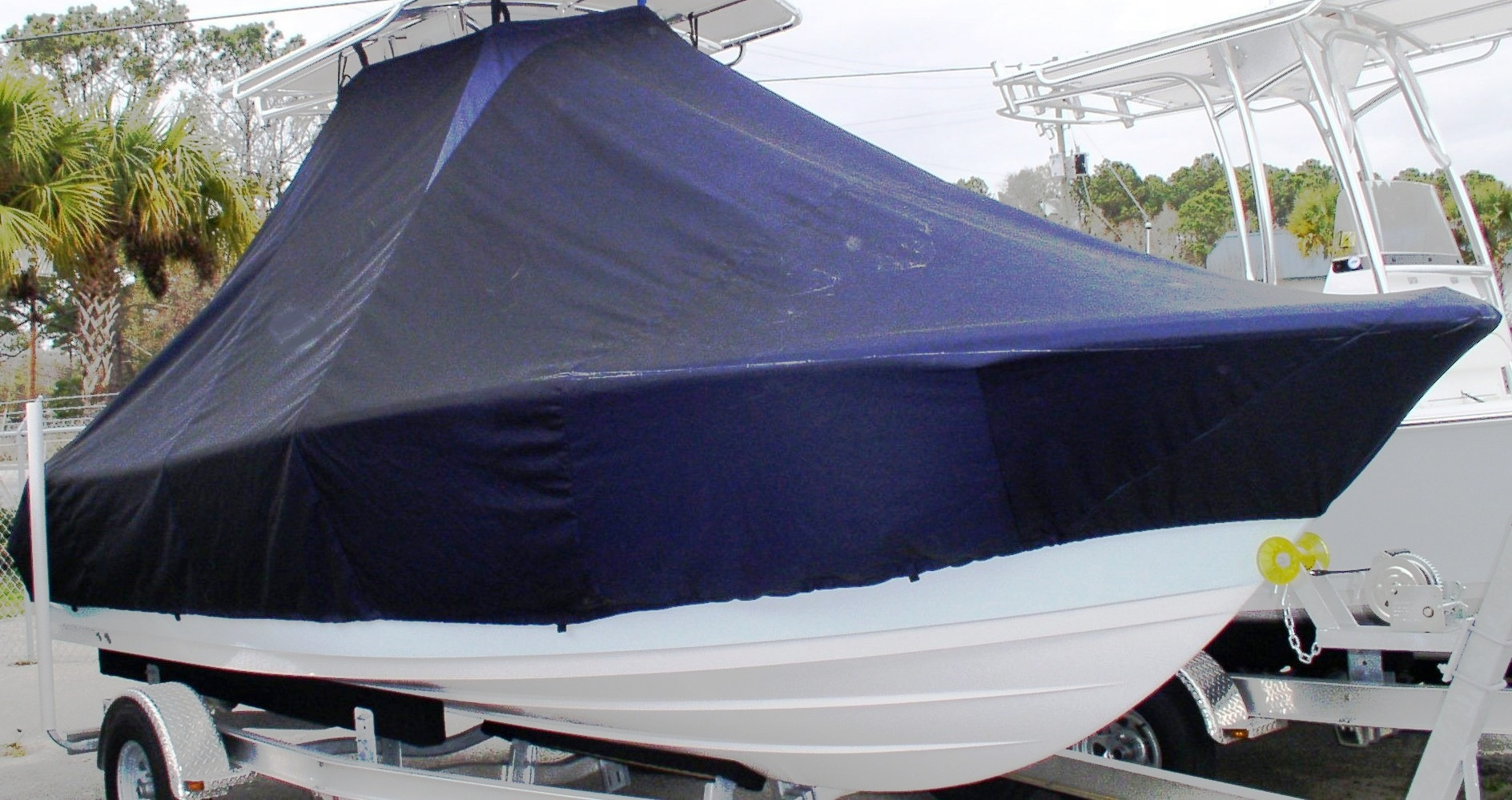 Sportsman Heritage Platinum 211, 20xx, TTopCovers™ T-Top boat cover, starboard front