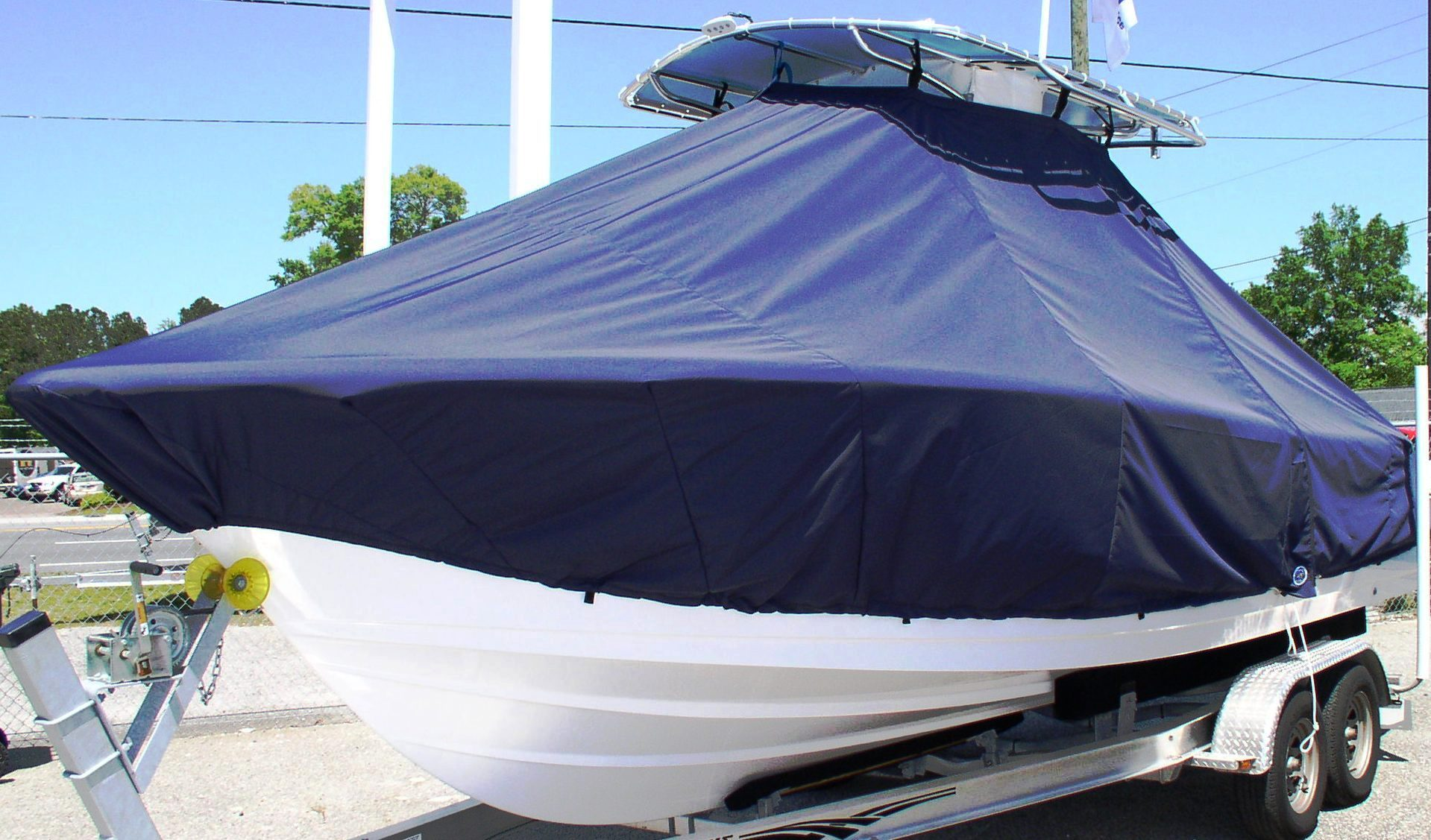 Sportsman Heritage Platinum 231, 20xx, TTopCovers™ T-Top boat cover, port front