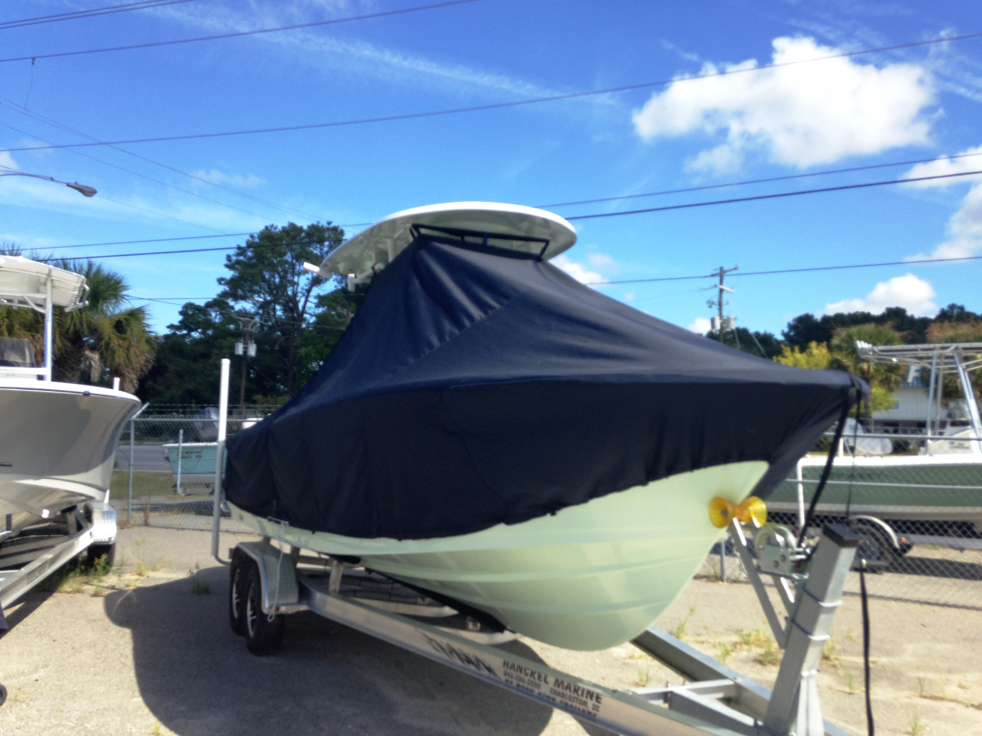 Sportsman Heritage Platinum 231, 20xx, TTopCovers™ T-Top boat cover, starboard front