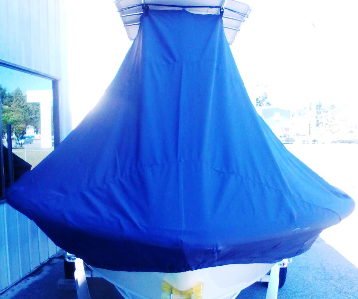 Sportsman Masters Platinum 207, 20xx, TTopCovers™ T-Top boat cover front