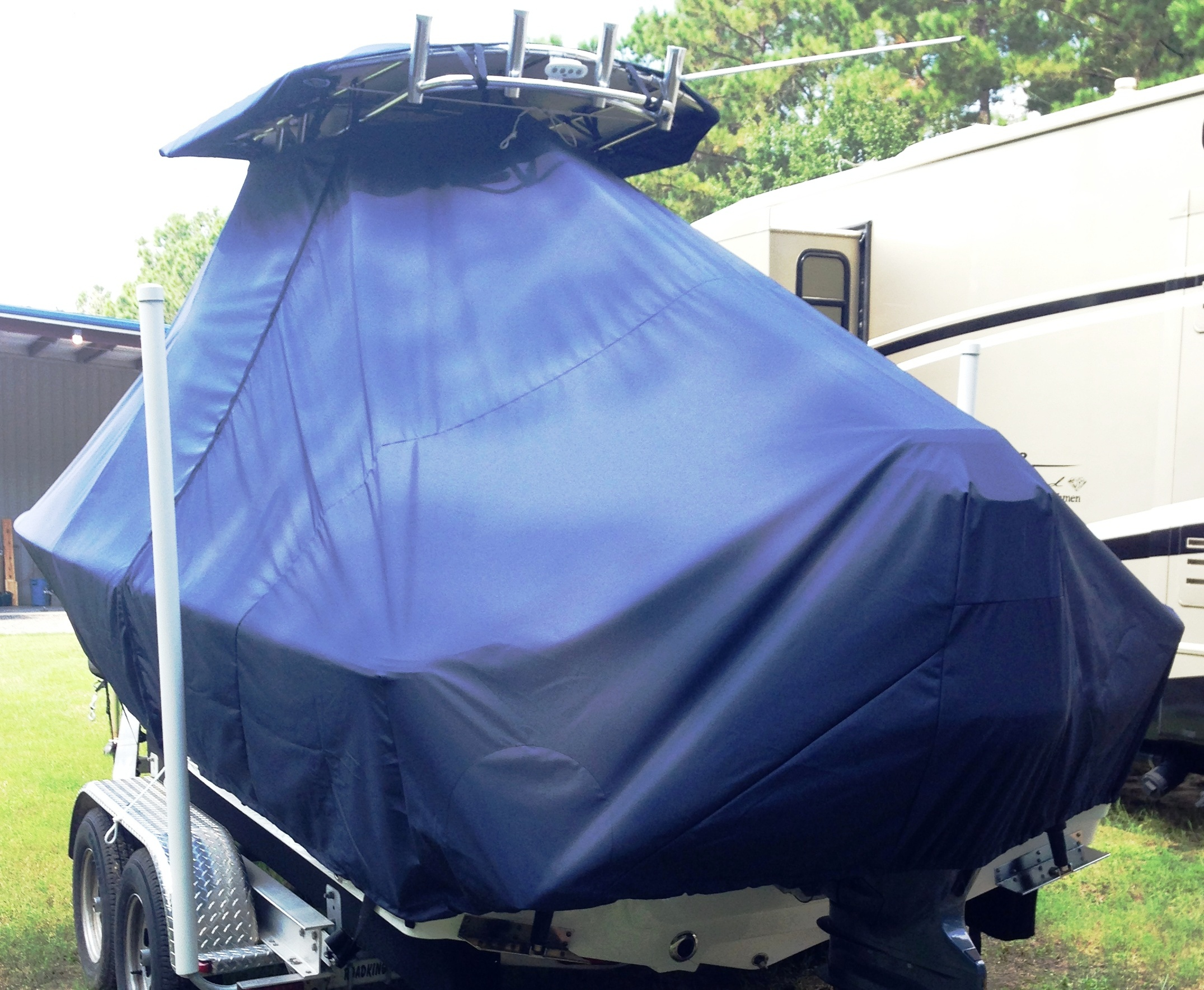 Sportsman Masters Platinum 227, 20xx, TTopCovers™ T-Top boat cover, port rear