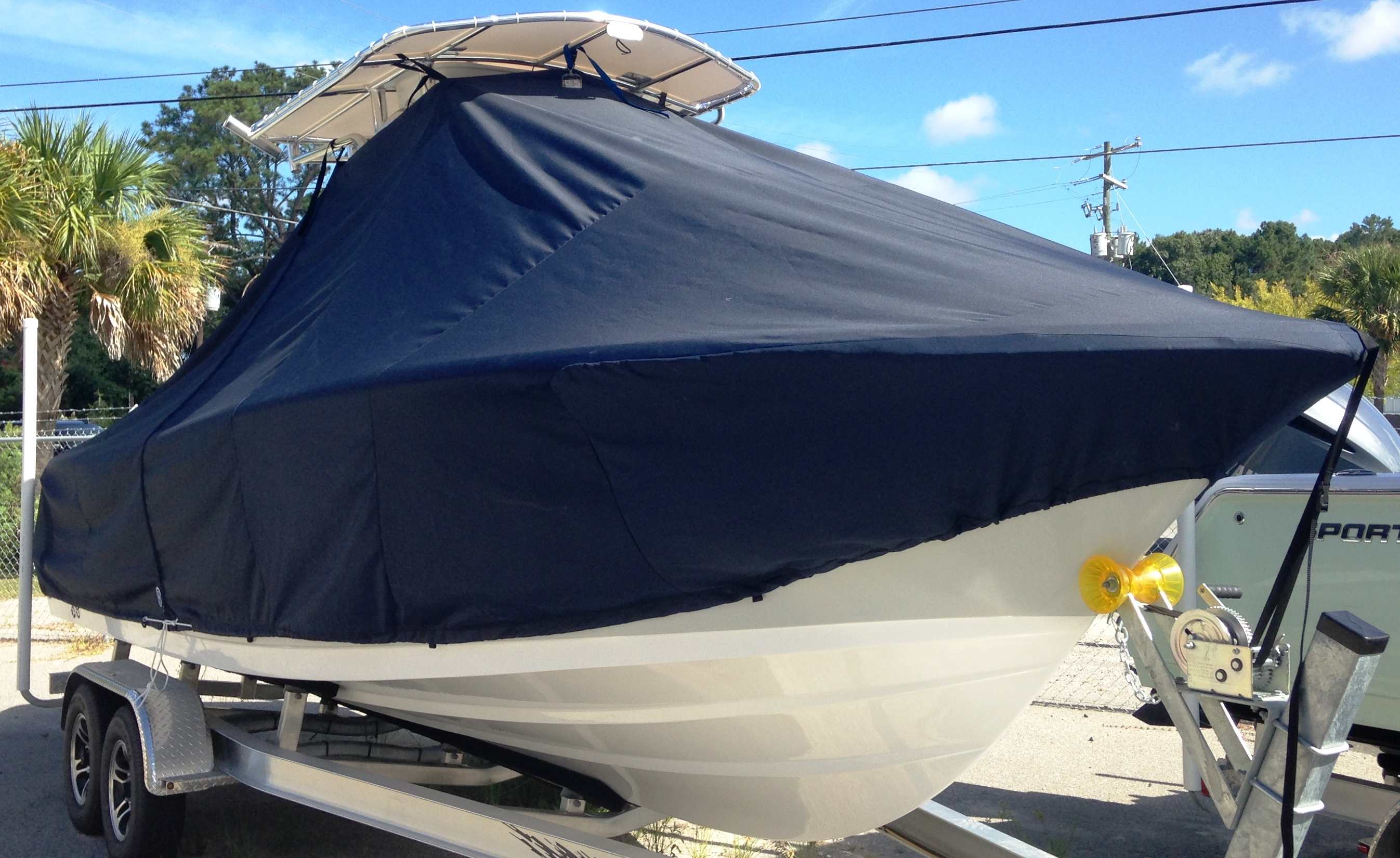 Sportsman Open Platinum 232, 20xx, TTopCovers™ T-Top boat cover, starboard front