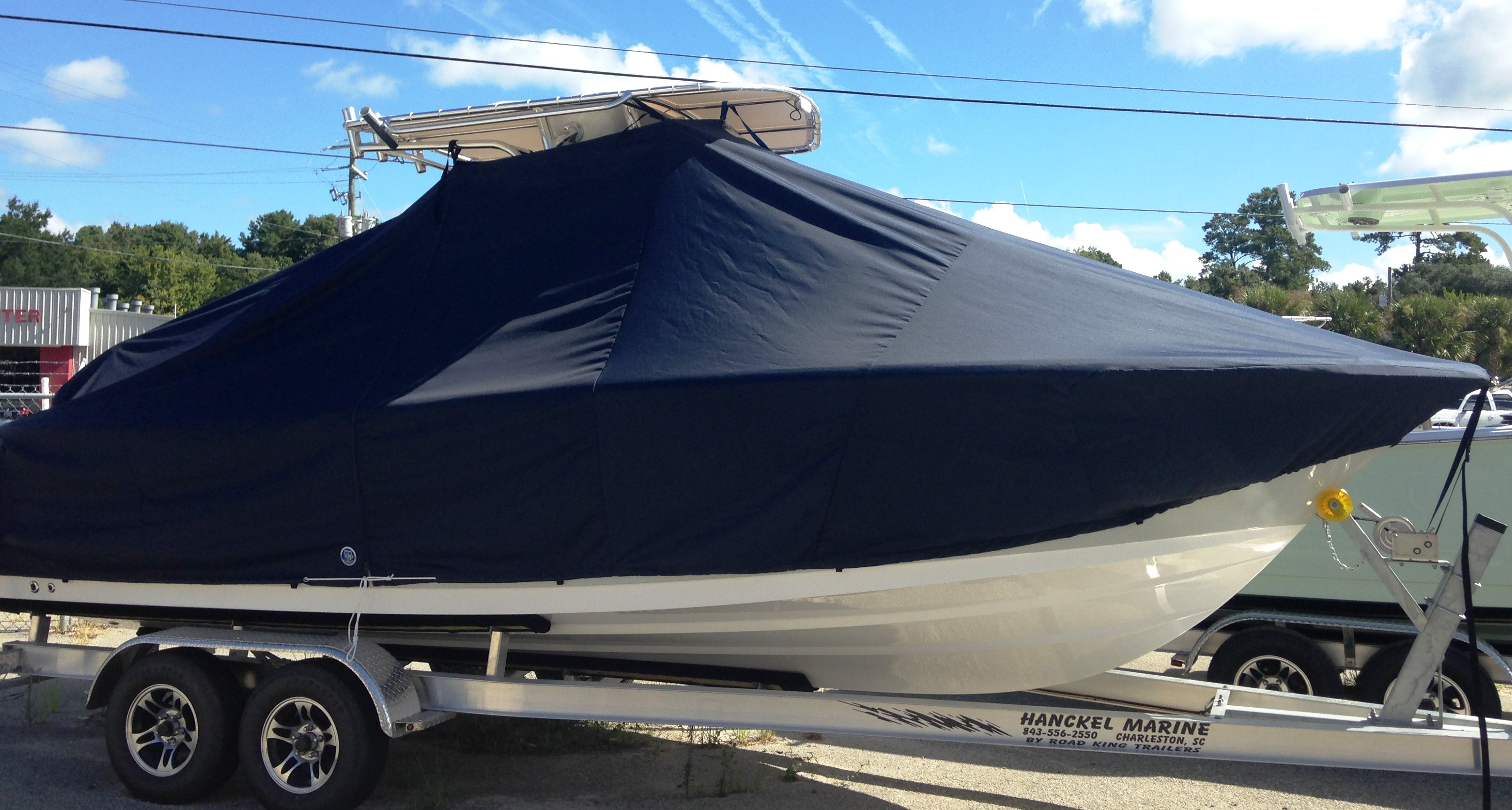 Sportsman Open Platinum 232, 20xx, TTopCovers™ T-Top boat cover, starboard side