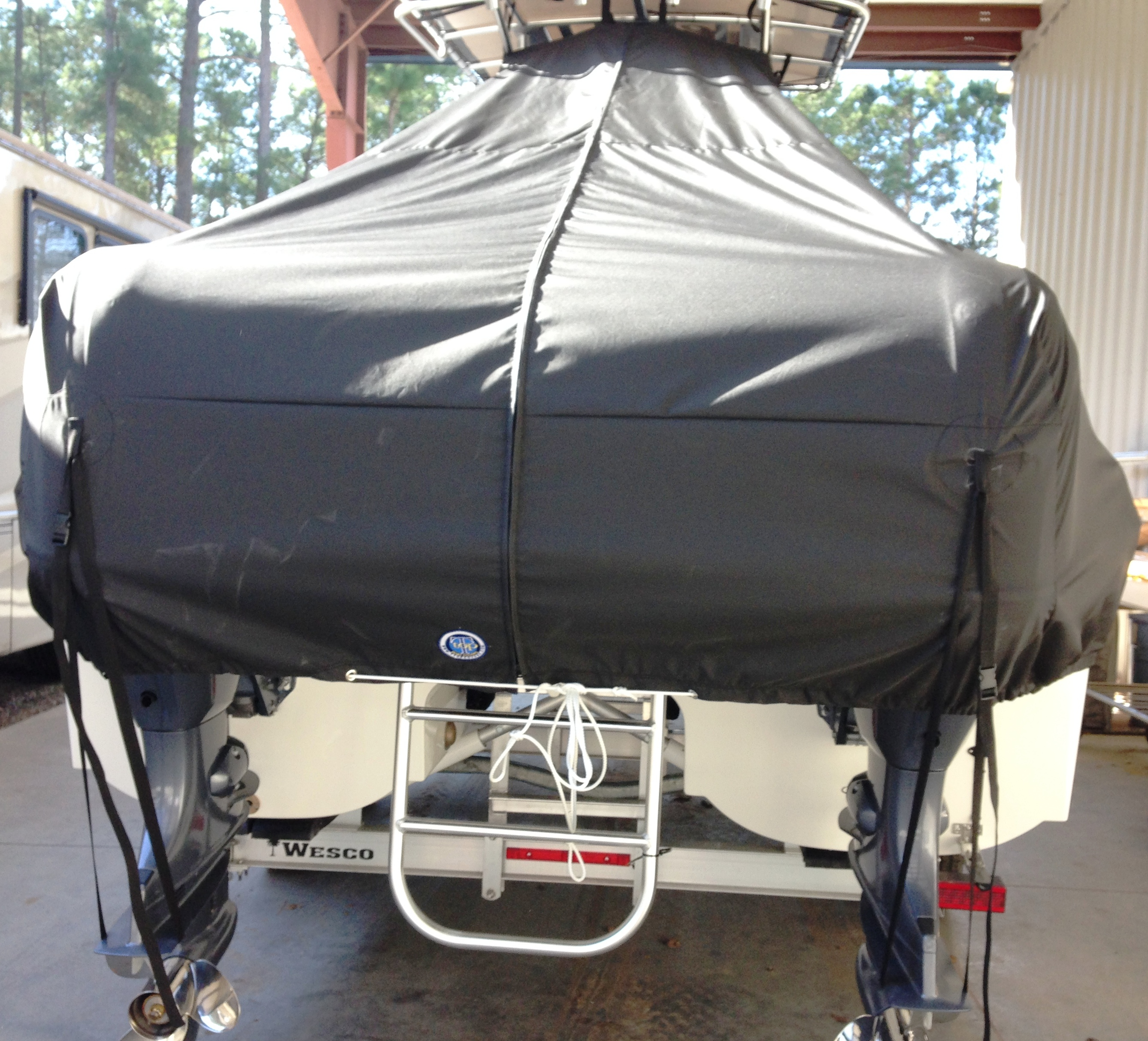World Cat 230 CC, 20xx, TTopCovers™ T-Top boat cover rear