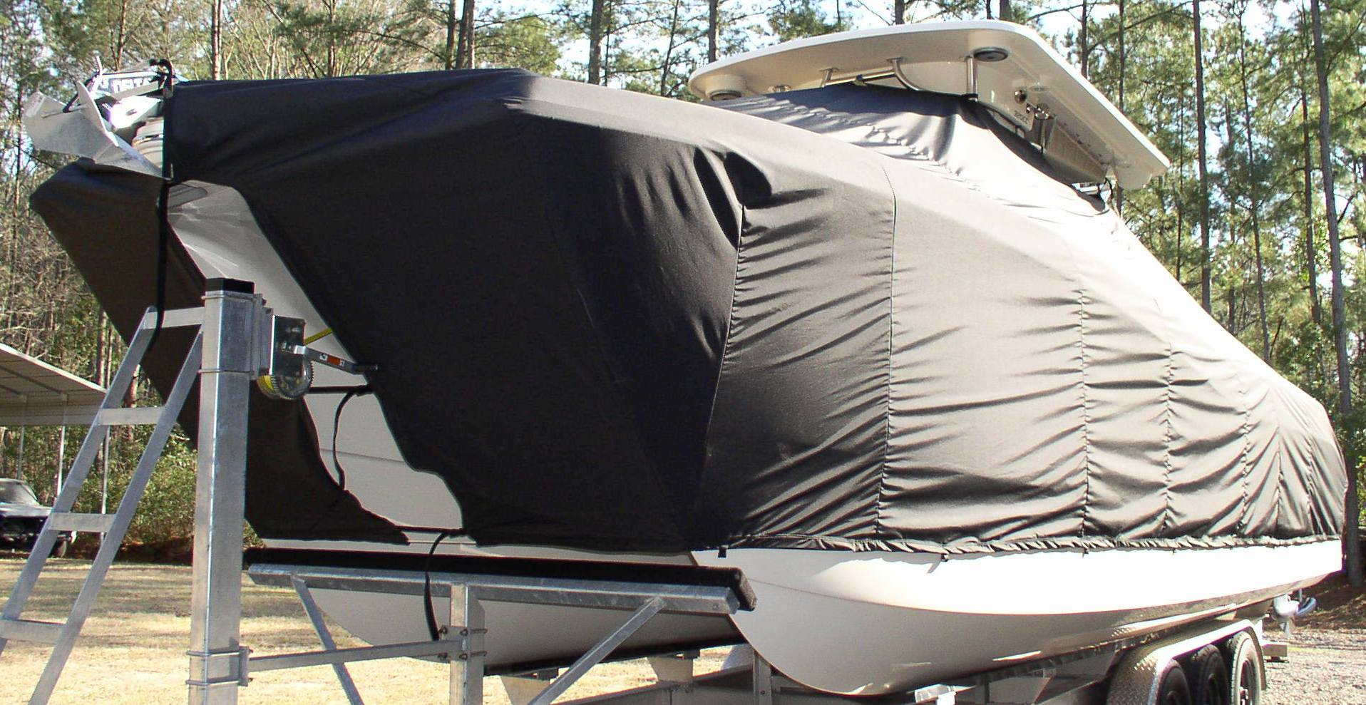 World Cat 320 CC, 20xx, TTopCovers™ T-Top boat cover, port front